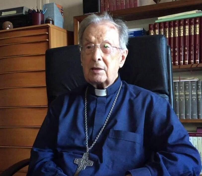 S.E.R.-Mons.-Rosario-Mazzola-è-tornato-alla-Casa-del-Padre.